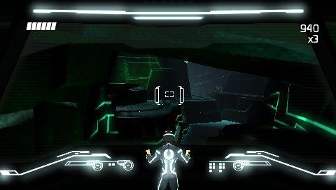 TRON Evolution - EUR [FULL][ISO][ENG] PSP